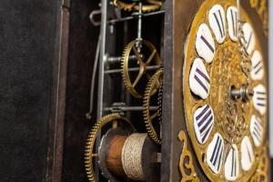 cartouse comtoise klok 18e eeuw